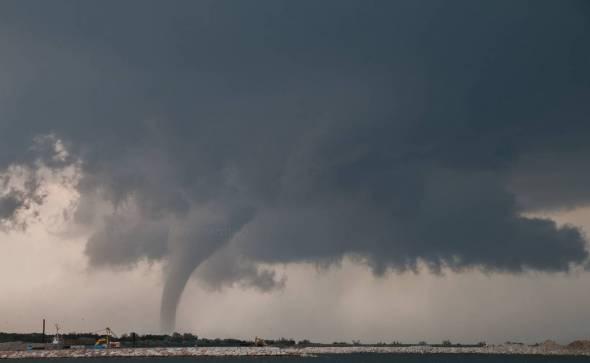 Tornado in mare